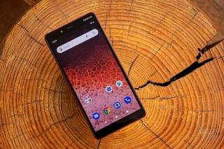 Smartphone Nokia gửi dữ liệu về Trung Quốc do lỗi phần mềm