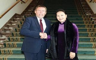 Chủ tịch Quốc hội Nguyễn Thị Kim Ngân bắt đầu chuyến thăm Nghị viện châu Âu
