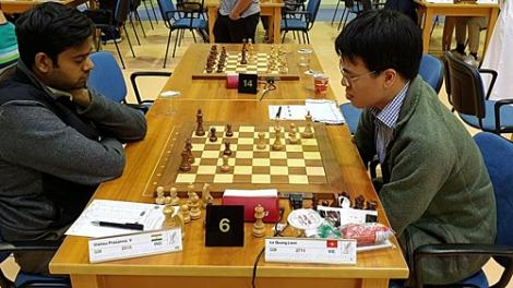 Quang Liêm, Anh Khôi cùng thắng ván bốn giải cờ vua Dubai