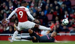 Everton - Arsenal: Thử thách cho đội khách
