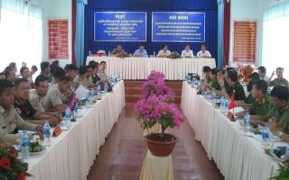 Giao ban đối ngoại với Chi cảnh sát các huyện biên giới Campuchia