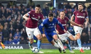 Hazard lập cú đúp, Chelsea lên thứ ba