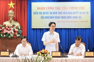 Phó Thủ tướng Vũ Đức Đam kiểm tra việc thực hiện Nghị quyết 33-NQ/TW tại Tây Ninh