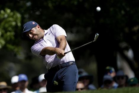 Molinari chiếm đỉnh bảng, Woods bám sát ở vòng 3 Masters
