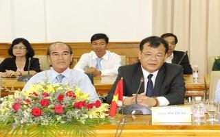 Lãnh đạo tỉnh chúc Tết cổ truyền Campuchia tại tỉnh Tboung Khmum