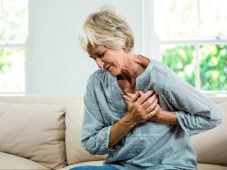 Cholesterol trong máu quá thấp cũng gây đột quỵ