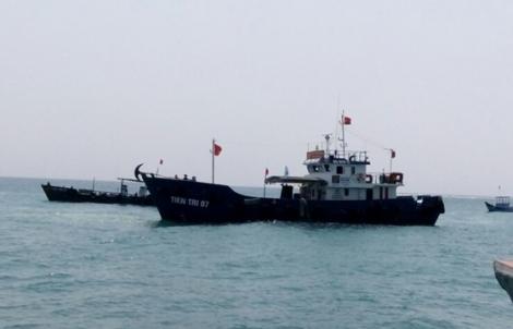 Tàu Tiên Tri 07 đã đưa 30.000 lít xăng đến đảo Lý Sơn