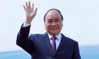 """Thủ tướng lên đường đi Trung Quốc dự Diễn đàn """"Vành đai và Con đường"""""""
