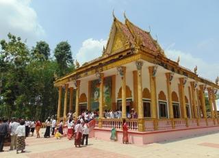 Chùa Phật giáo Nam tông Kà Ốt