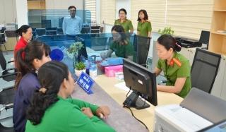 UBND tỉnh: Ban hành quy định thống nhất hoạt động của Bộ phận Một cửa