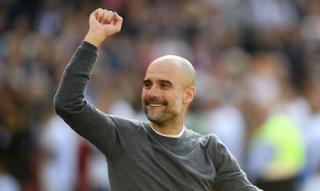 Guardiola giục Man City hoàn thành cú ăn ba tại Anh