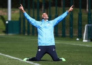 Cú hattrick của Manchester City