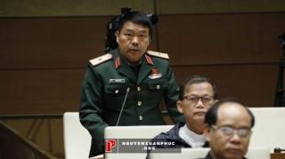 Phó Tư lệnh Quân khu 2 cảnh báo thượng nguồn Trung Quốc gây ô nhiễm sông suối Việt Nam