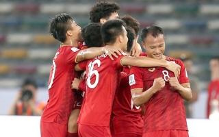 Công mỏi, thủ mòn tuyển Việt Nam chơi thế nào tại King's Cup 2019?