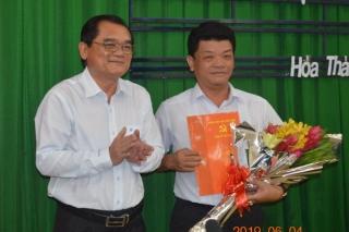 Ban Thường vụ Tỉnh ủy công bố quyết định chuẩn y Bí thư Huyện ủy Hòa Thành