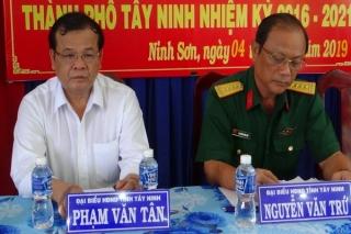 Chủ tịch UBND tỉnh tiếp xúc cử tri xã Bình Minh, phường Ninh Sơn và Phường 2