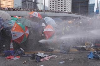 Chính quyền Hồng Kông đóng cửa đến hết tuần