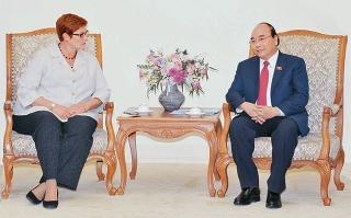 Thủ tướng Nguyễn Xuân Phúc tiếp Bộ trưởng Ngoại giao Ô-xtrây-li-a; Chủ tịch Nhóm nghị sĩ hữu nghị Hàn - Việt