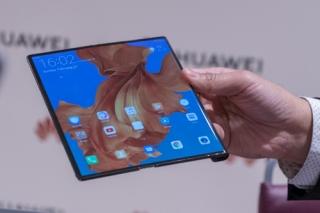 Huawei hoãn ra mắt Mate X đến tháng 9