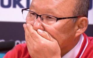 Từ chuyện lương của HLV Park: VFF trả tiền… kỳ lạ thế này, sao mơ World Cup!