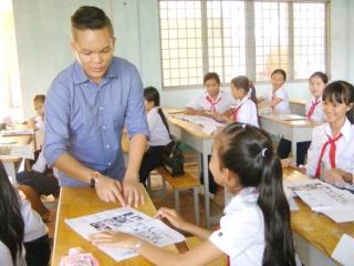 Tiếp tục mời giáo viên người nước ngoài dạy Tiếng Anh