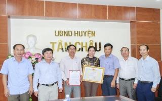 Bộ Công thương: Khen thưởng Phòng Kinh tế Hạ tầng Tân Châu