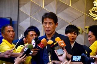 HLV Nishino tuyên bố cần 10 ngày chuẩn bị để hạ tuyển Việt Nam