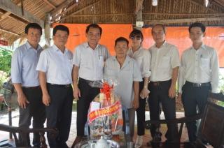 Lãnh đạo tỉnh Tây Ninh thăm gia đình chính sách