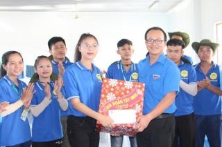 Tỉnh Đoàn Bình Dương, Tây Ninh thăm sinh viên tình nguyện Mùa hè xanh