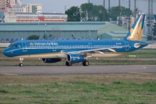 Máy bay Vietnam Airlines hạ cánh khẩn cấp tại Đà Nẵng để cấp cứu cho nữ hành khách
