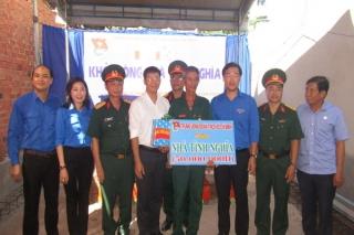 Trung ương Đoàn TNCS Hồ Chí Minh thăm, tặng quà gia đình chính sách ở Tây Ninh