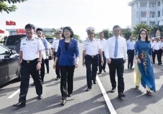Phó Chủ tịch nước thăm Vùng 2 Hải quân