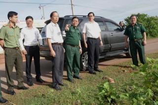 Bí thư Tỉnh uỷ thăm và làm việc với các Đồn Biên phòng tại Tân Châu