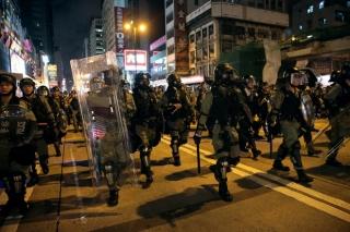 Cảnh sát Hồng Kông bắt hơn 20 người biểu tình