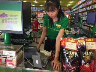 Cần có chính sách khuyến khích thanh toán qua thẻ