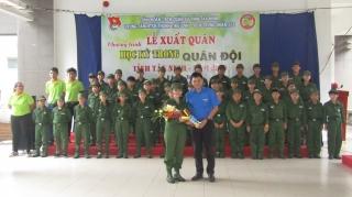 Xuất quân học kỳ quân đội cho học sinh có hoàn cảnh khó khăn