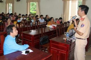Tuyên truyền pháp luật về ATGT trong CNVC-NLĐ Trảng Bàng