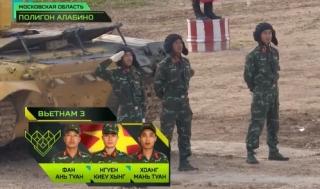 Đội Việt Nam lần đầu vào bán kết giải xe đua tăng tại Nga