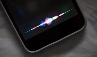 Apple bị kiện vì nghe lén người dùng qua Siri