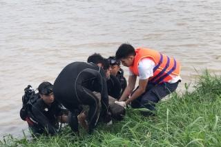 Tìm thấy thi thể người đàn ông mất tích ở sông Vàm Cỏ Đông