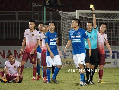 V-League 2019 đua nước rút, trọng tài ơi đừng... tai tiếng!