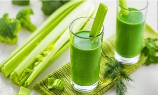 7 loại nước ép rau củ quả thanh nhiệt cơ thể
