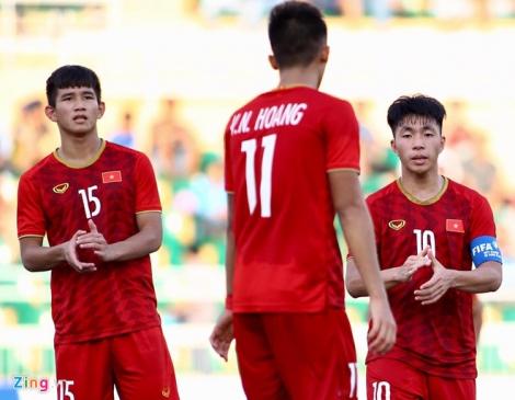 Bóng đá trẻ Việt Nam khủng hoảng sau lứa Quang Hải