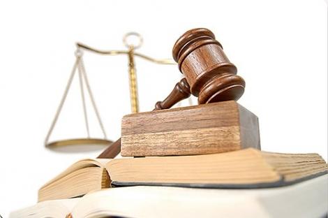 Giấy chứng nhận đăng ký kết hôn bị xé rách có chấm dứt hôn nhân ?
