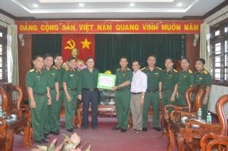 Thượng tướng Nguyễn Thành Cung thăm Sư đoàn 5