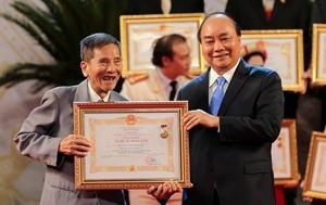 Danh sách nghệ sĩ được Chủ tịch nước phong tặng, truy tặng danh hiệu NSND, NSƯT