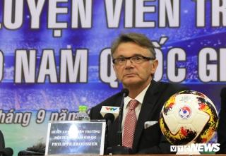 Tân HLV trưởng U19 Việt Nam Philippe Troussier: Tôi coi mình như trợ lý của HLV Park Hang Seo