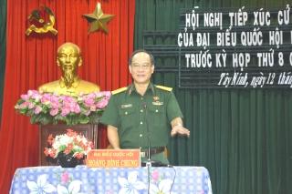 Tiếp xúc cử tri chuyên đề về dự thảo Luật Dân quân Tự vệ (sửa đổi)