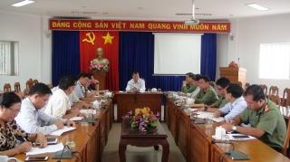 Chủ tịch UBND tỉnh làm việc với lãnh đạo huyện Trảng Bàng