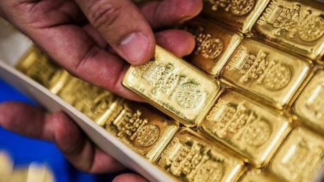 Vàng lại tăng lên mốc 42 triệu đồng/lượng